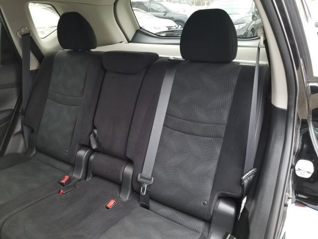 2015 Nissan Rogue AWD 4dr SV 11