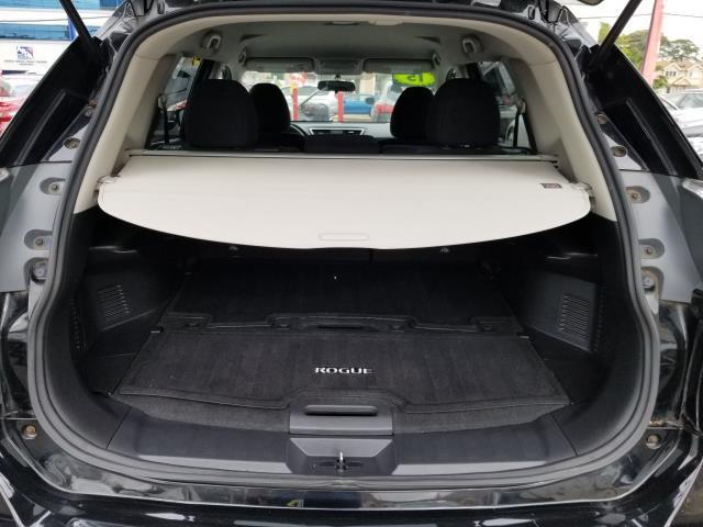 2015 Nissan Rogue AWD 4dr SV 17