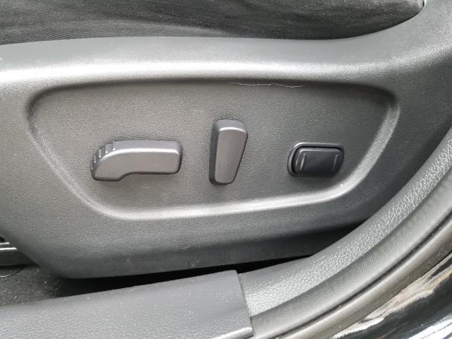 2015 Nissan Rogue AWD 4dr SV 19