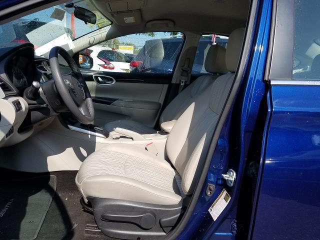 2017 Nissan Sentra SV CVT 10