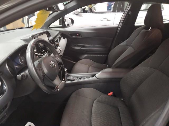 2018 Toyota C-Hr XLE 10