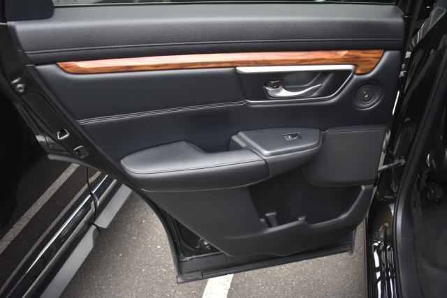 2017 Honda Cr-V Touring AWD 10