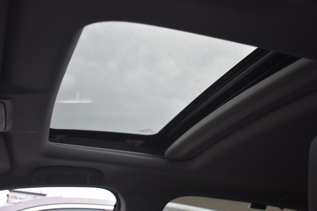 2017 Honda Cr-V Touring AWD 18