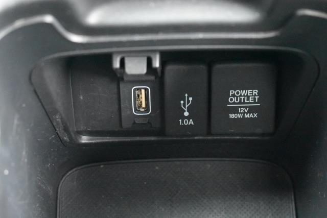 2017 Honda Cr-V Touring AWD 29