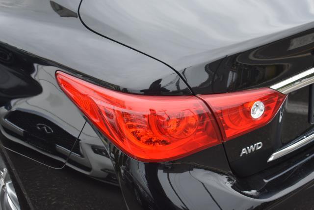 2015 INFINITI Q50 4dr Sdn Premium AWD 7