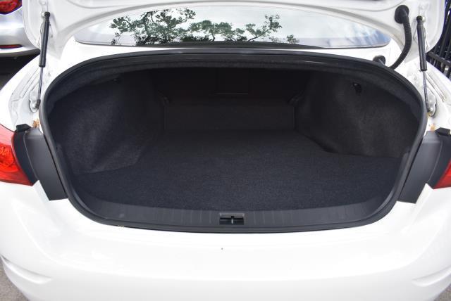2015 INFINITI Q50 4dr Sdn Premium AWD 9