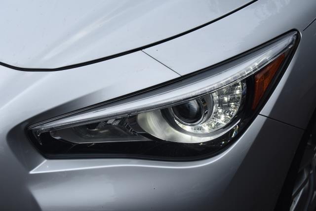 2016 INFINITI Q50 4dr Sdn 3.0t Premium AWD 8
