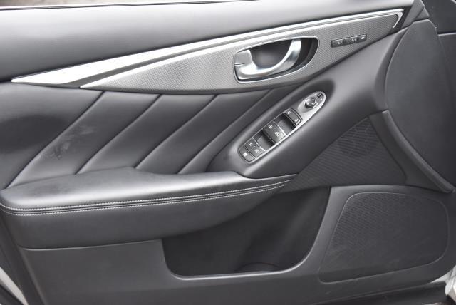 2016 INFINITI Q50 4dr Sdn 3.0t Premium AWD 14