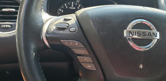 2016 Nissan Pathfinder 4WD 4dr SV 19