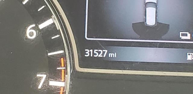 2016 Nissan Pathfinder 4WD 4dr SV 27