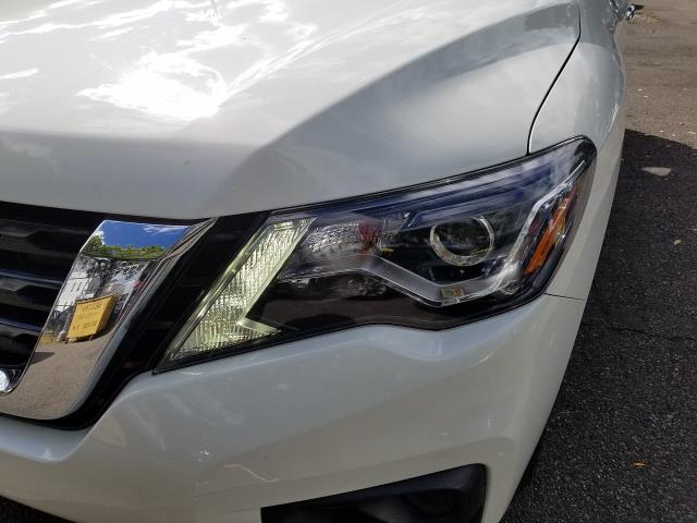 2017 Nissan Pathfinder 4x4 S 8