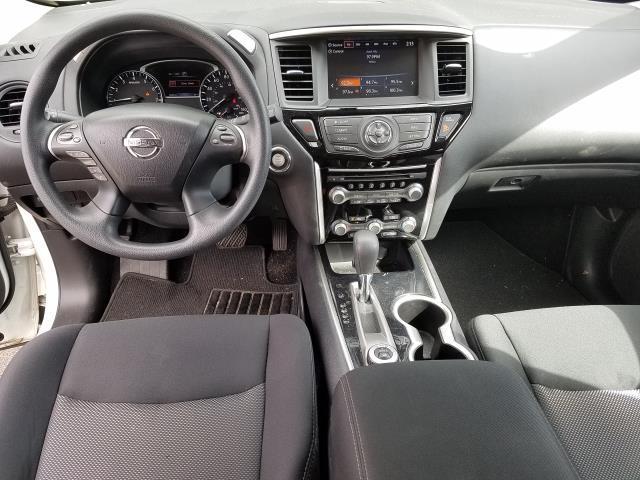 2017 Nissan Pathfinder 4x4 S 14