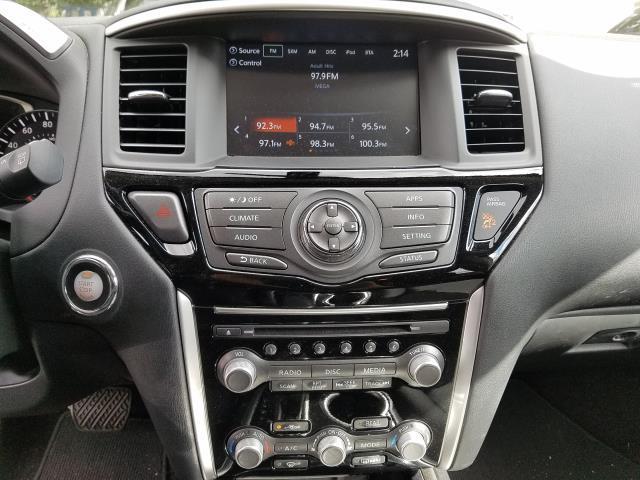 2017 Nissan Pathfinder 4x4 S 26