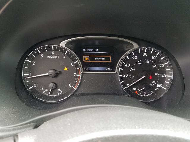 2017 Nissan Pathfinder 4x4 S 28