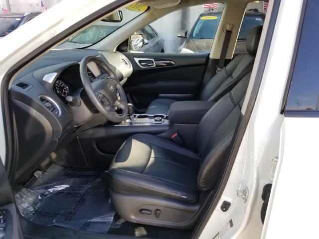 2017 Nissan Pathfinder SV 8