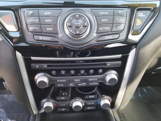2017 Nissan Pathfinder SV 25