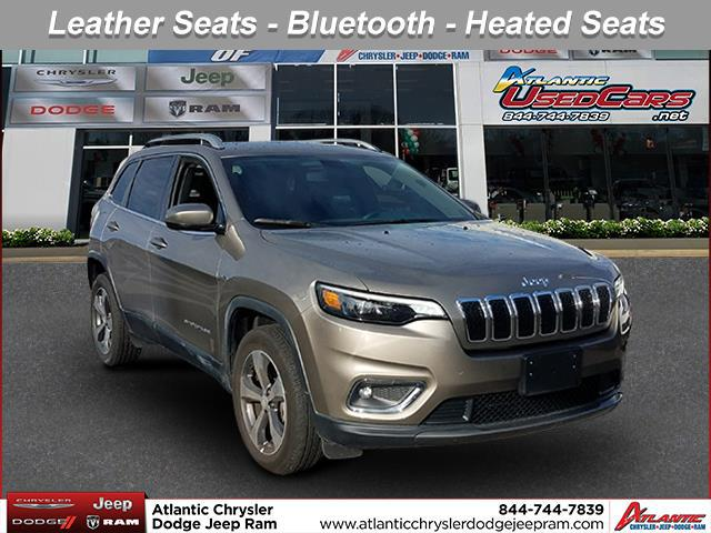 Light Brownstone Pearlcoat 2019 Jeep Cherokee LIMITED SUV Huntington NY