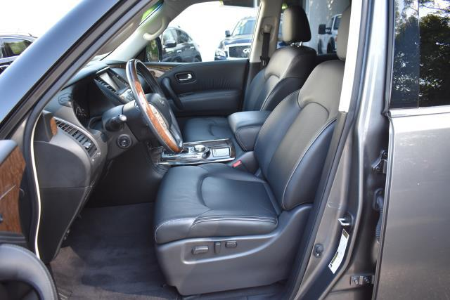 2016 INFINITI QX80 4WD 4dr 13