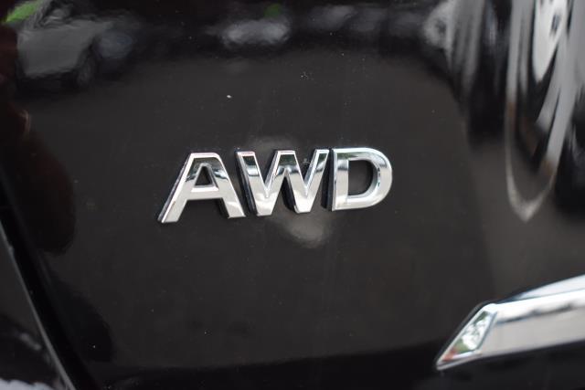 2016 INFINITI Q50 4dr Sdn 2.0t Base AWD 11