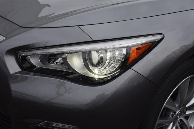 2016 INFINITI Q50 4dr Sdn 3.0t Premium AWD 10