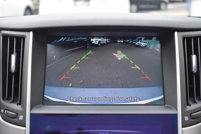 2016 INFINITI Q50 4dr Sdn 3.0t Premium AWD 22