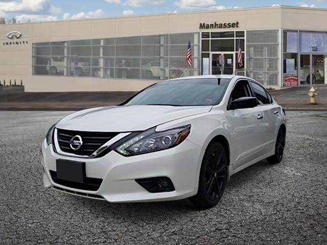 2017 Nissan Altima 2.5 SR Sedan 0