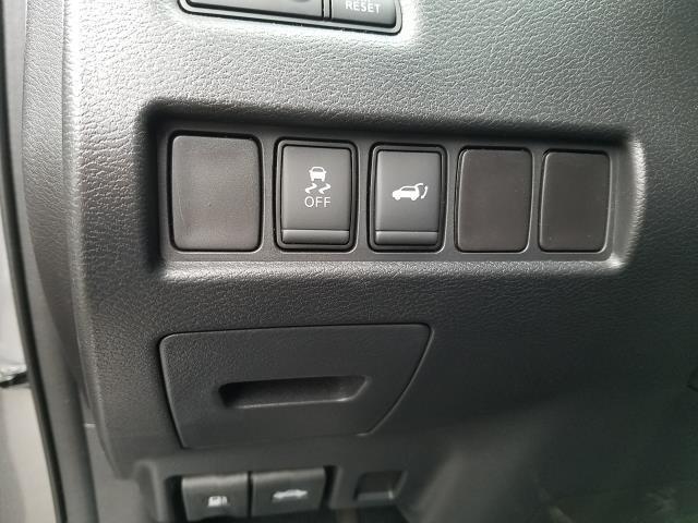 2017 Nissan Murano AWD SL 17