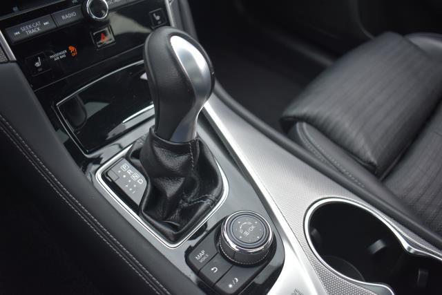 2016 INFINITI Q50 4dr Sdn 3.0t Red Sport 400 AWD 24