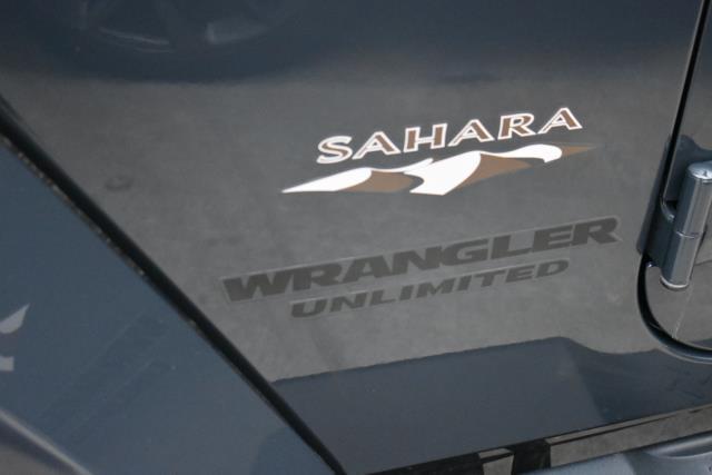 2016 Jeep Wrangler Unlimited Sahara 5