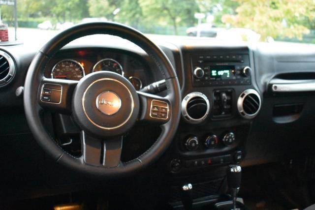 2016 Jeep Wrangler Unlimited Sahara 11