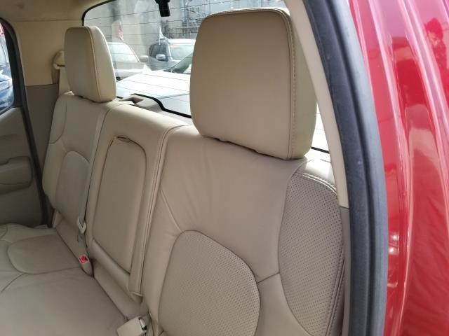 2013 Nissan Frontier SL 11