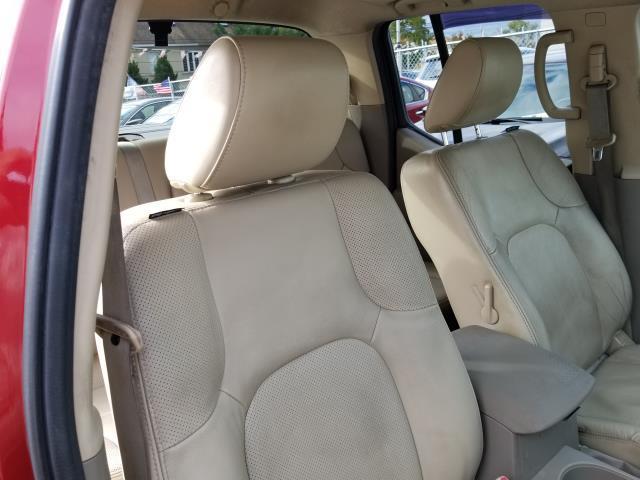 2013 Nissan Frontier SL 15