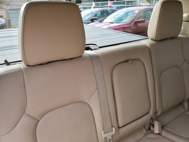 2013 Nissan Frontier SL 16