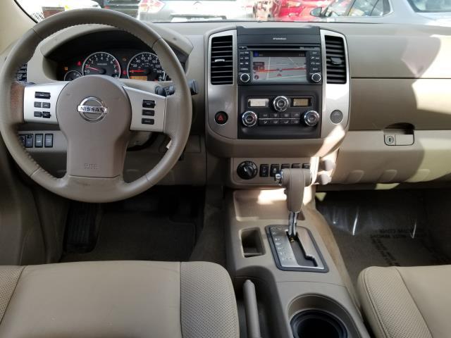 2013 Nissan Frontier SL 17