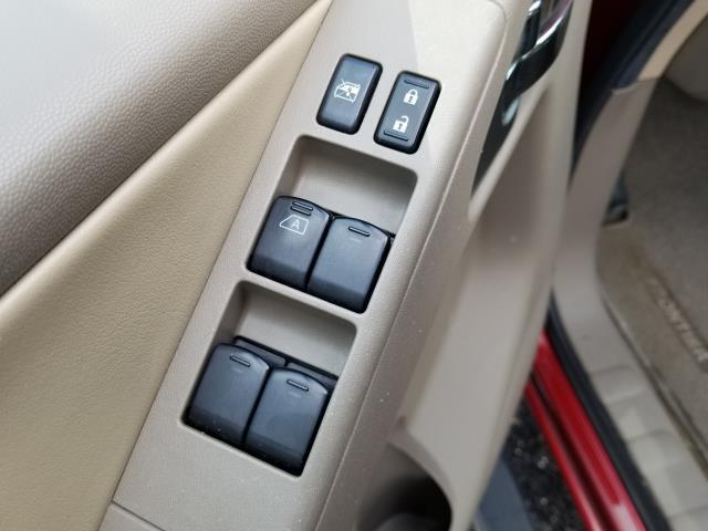 2013 Nissan Frontier SL 18