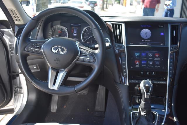 2018 INFINITI Q50 3.0t LUXE AWD 12