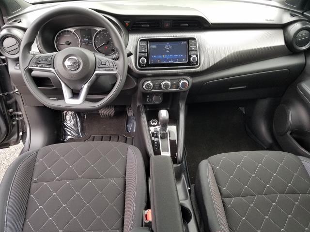 2019 Nissan Kicks S FWD 13