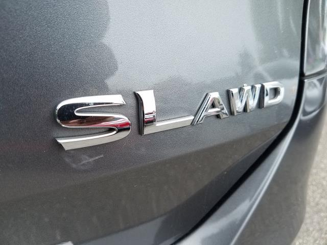 2016 Nissan Rogue AWD 4dr SL 11