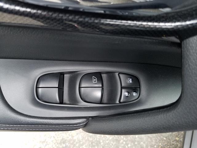 2016 Nissan Rogue AWD 4dr SL 17