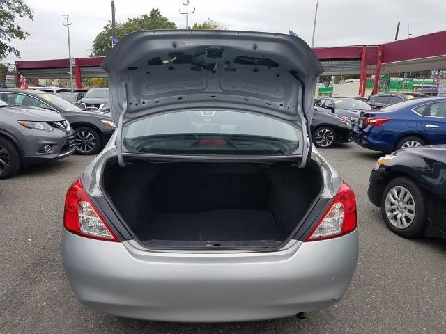 2014 Nissan Versa S 4