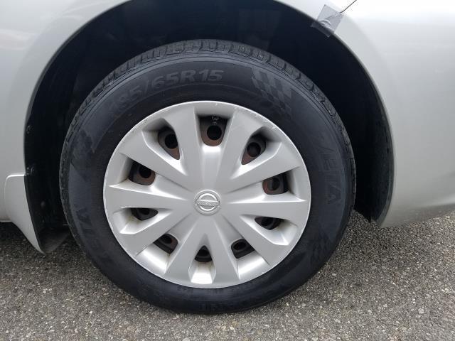 2014 Nissan Versa S 10
