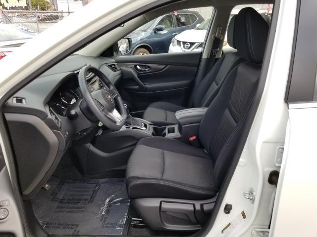 2017 Nissan Rogue 2017.5 AWD S 8