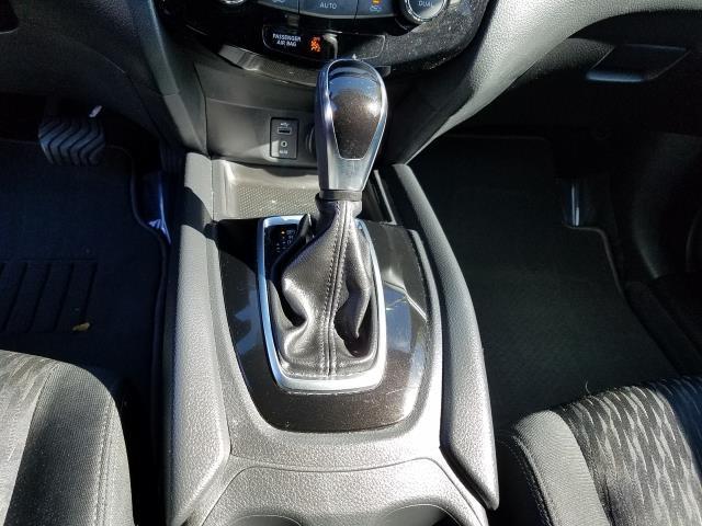 2017 Nissan Rogue SV 22