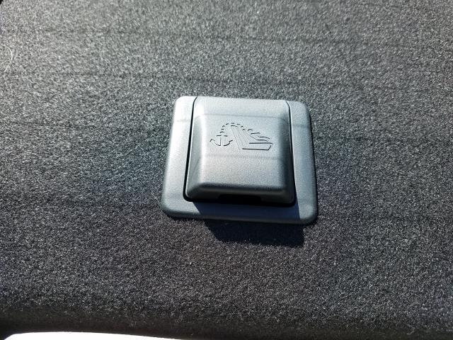 2016 Nissan Sentra 4dr Sdn I4 CVT S 14