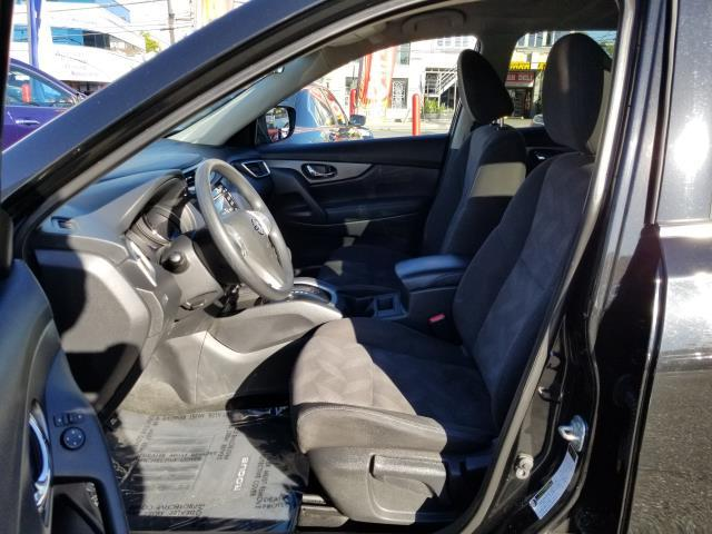 2016 Nissan Rogue AWD 4dr S 8