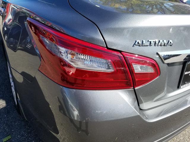 2018 Nissan Altima 2.5 S 9