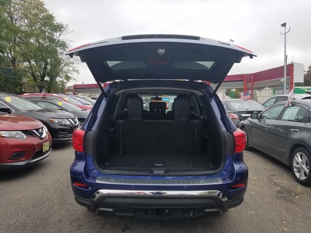 2017 Nissan Pathfinder 4x4 SL 4