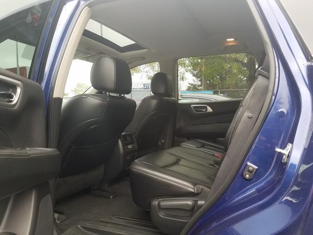 2017 Nissan Pathfinder 4x4 SL 12