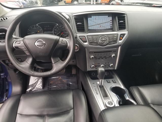 2017 Nissan Pathfinder 4x4 SL 14