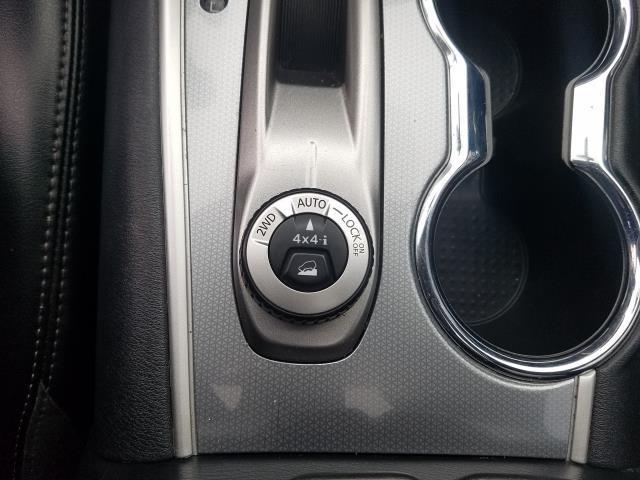 2017 Nissan Pathfinder 4x4 SL 25